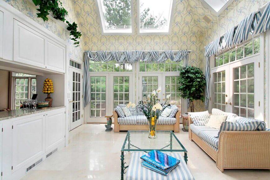 9-living-room-pillar-style-cottage