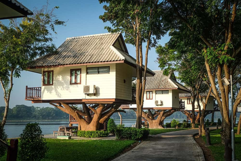 Vacation treehouses you can rent on the water.