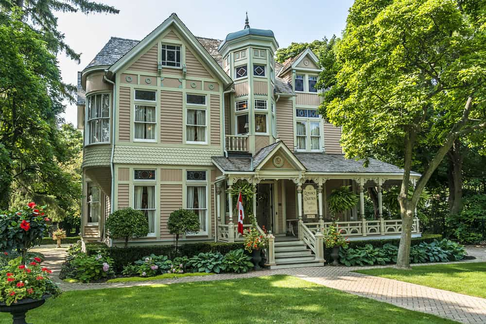 Niagara-on-the-Lake Victorian Mansion