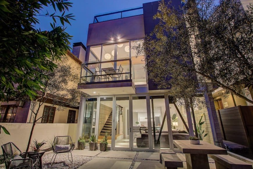 A modern architectural home that offers panoramic views of Venice California's Silicon Beach.