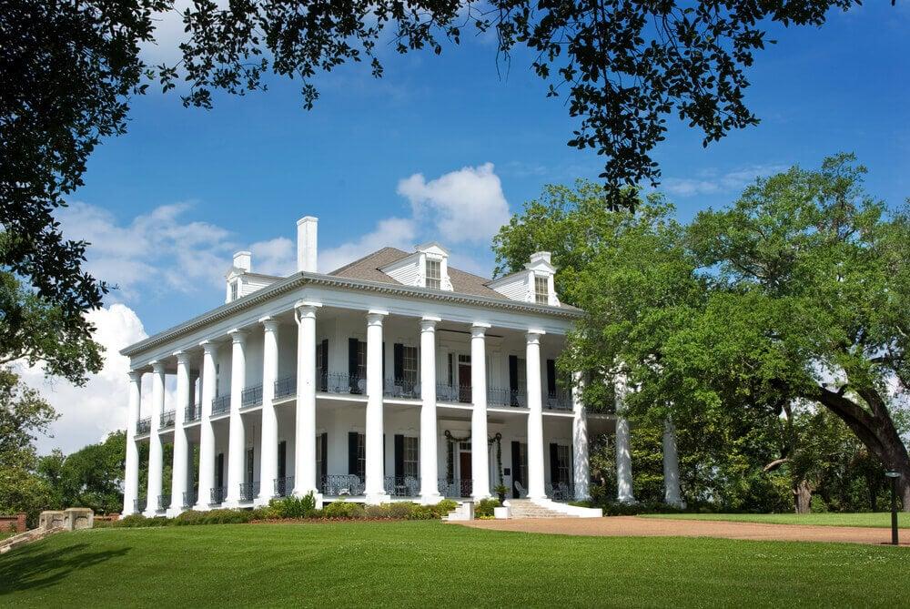 40 Plantation Home Designs Historical Contemporary Home Stratosphere