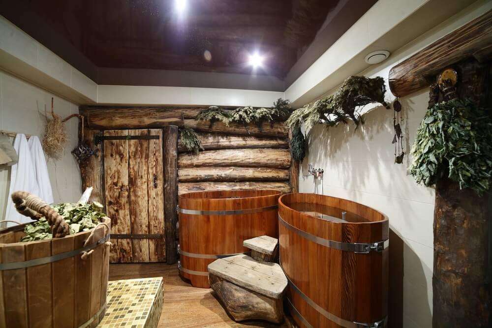Entry hall to sauna