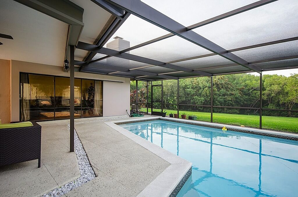 45 Screened In And Covered Pool Design Ideas Home Stratosphere