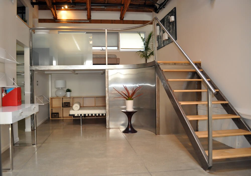 Apartment with loft bedroom