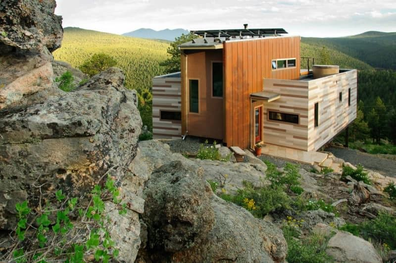 Shipping container tiny house by Studio H:T