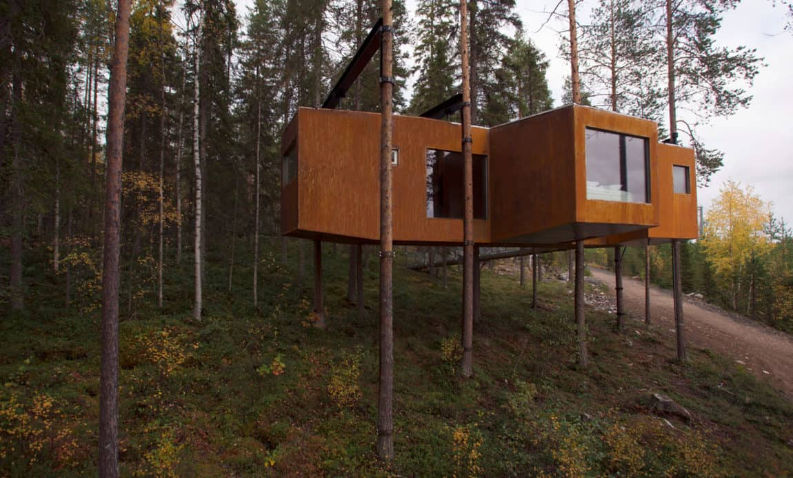 Tiny tree house by Rintala Eggertsson Architects