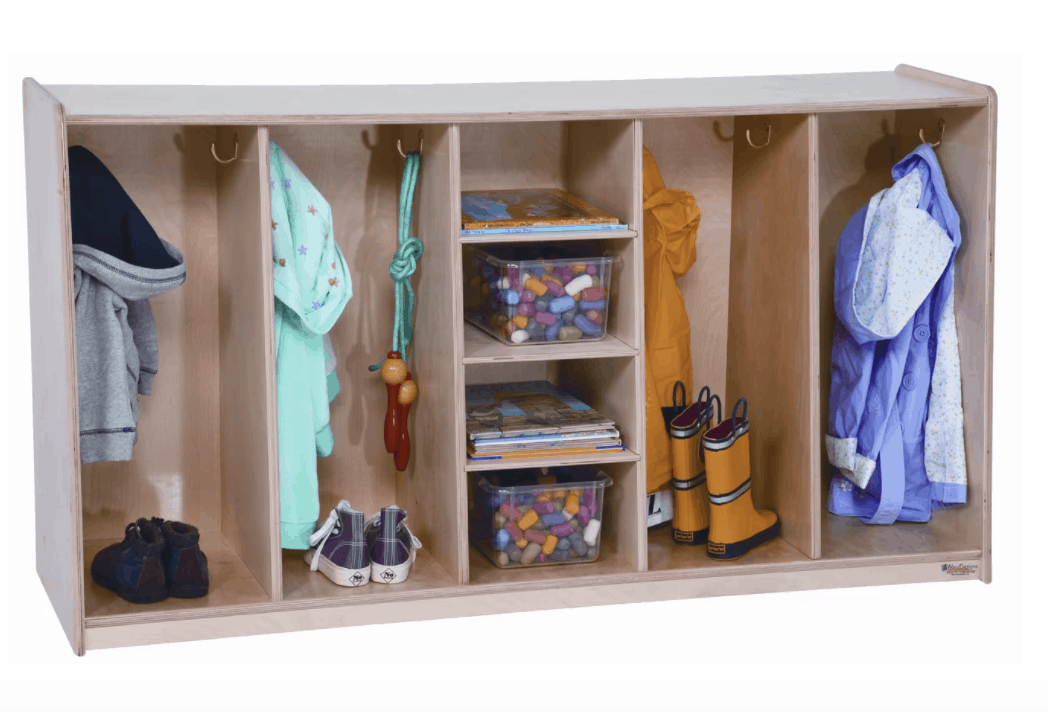 Short Mudroom Locker With 4 Cubbies And Central Storage Shelving.