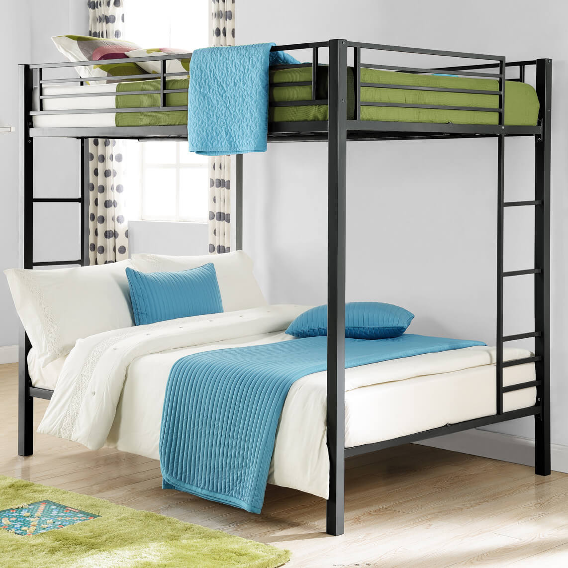 Metal frames, in contrast to their wooden brethren, are less commonplace. Metal allows for a lighter weight build, often granting a more open and airy structure to the bed. This can make assembly and moving easier.