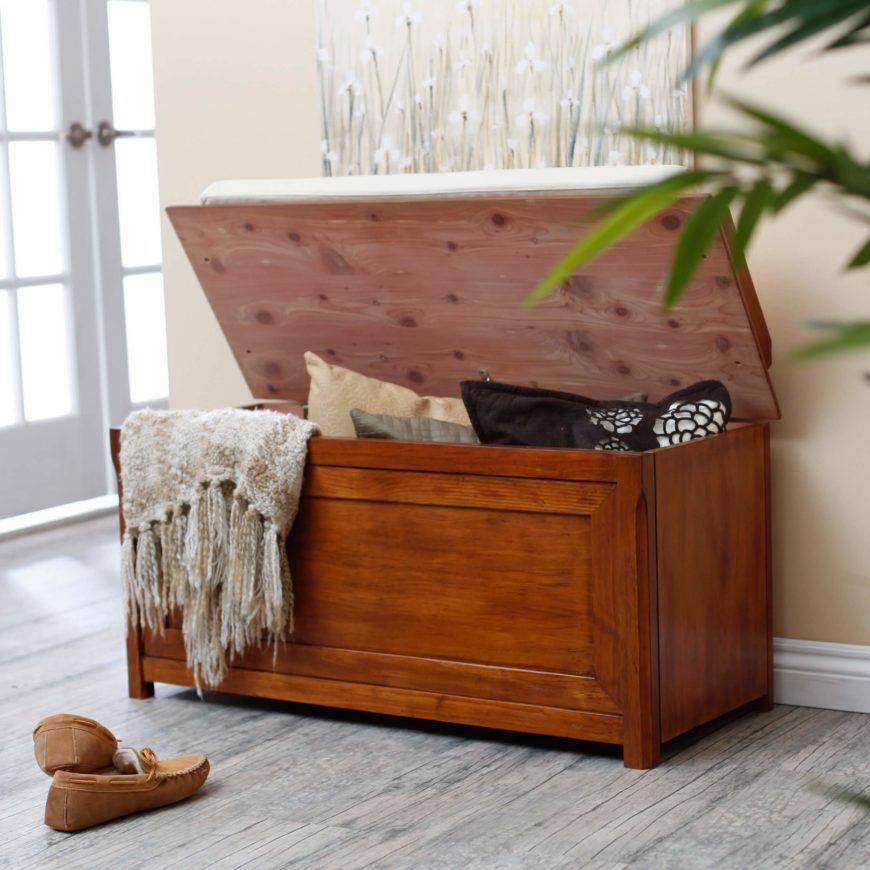 The most traditional of storage bench types, the flip top offers the most generous interior space, with the entire surface opening to reveal a large open cavity. Flip tops usually appear with a single lid, but sometimes use two distinct half lids.