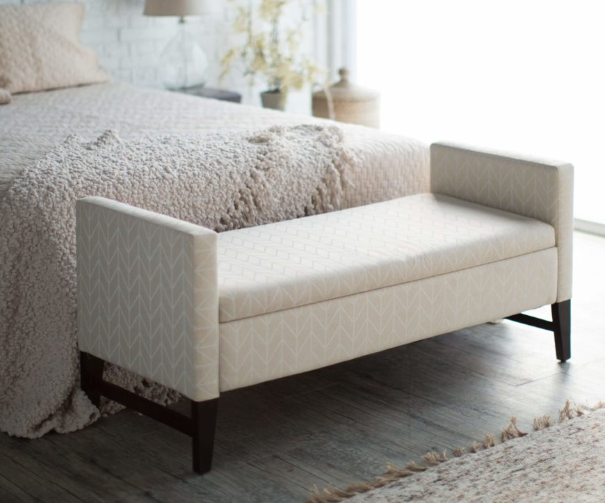 Modern style evokes simple, clean lines and a fusion of utility and aesthetics. These pieces can sit comfortably in any contemporary space, or stand out in a more traditional setting.