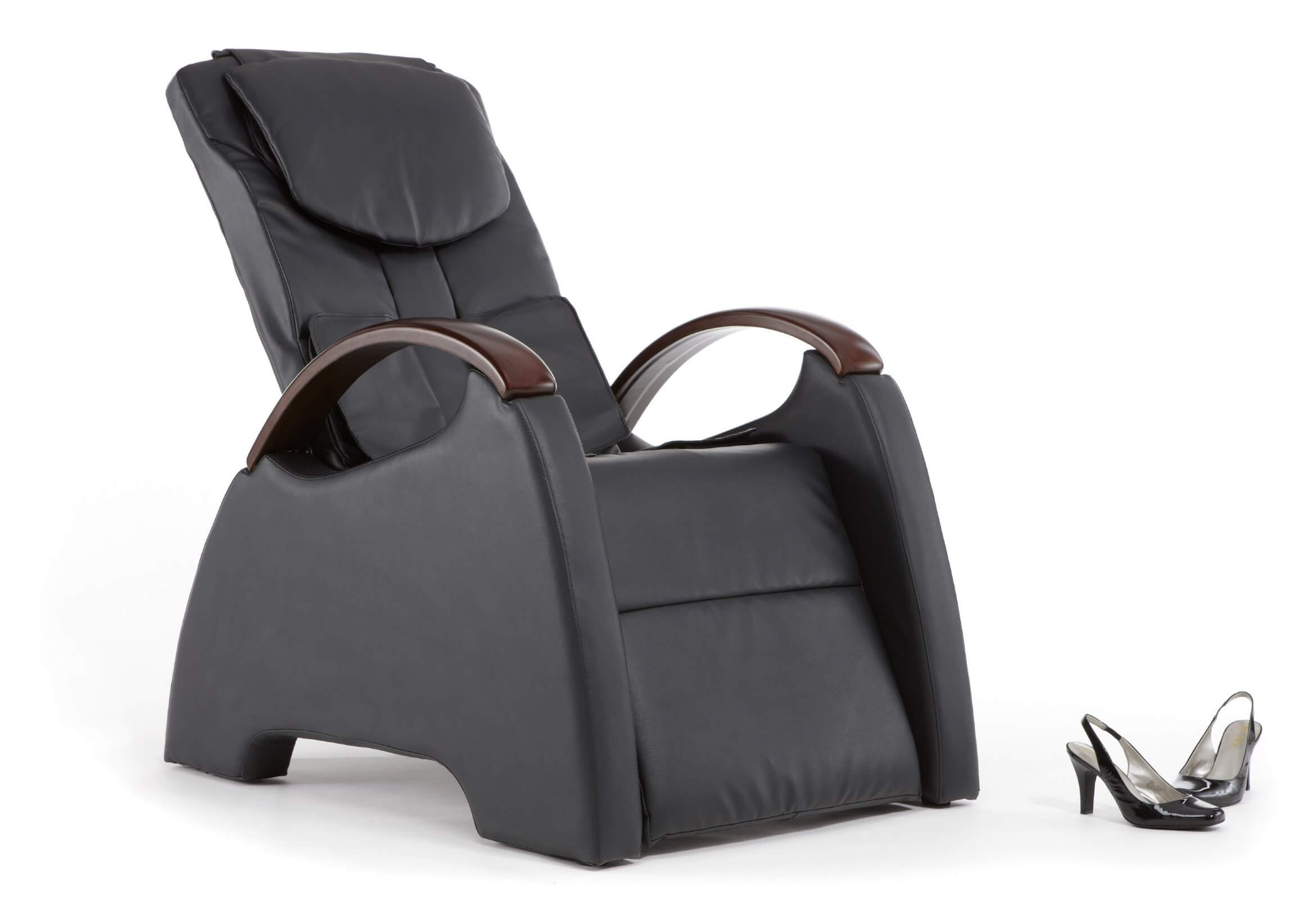 One of the more innovative functions that have been crafted into the recliner design is the ability to massage. This massage chair boast thoroughly modern design and the ability to lay completely horizontal.