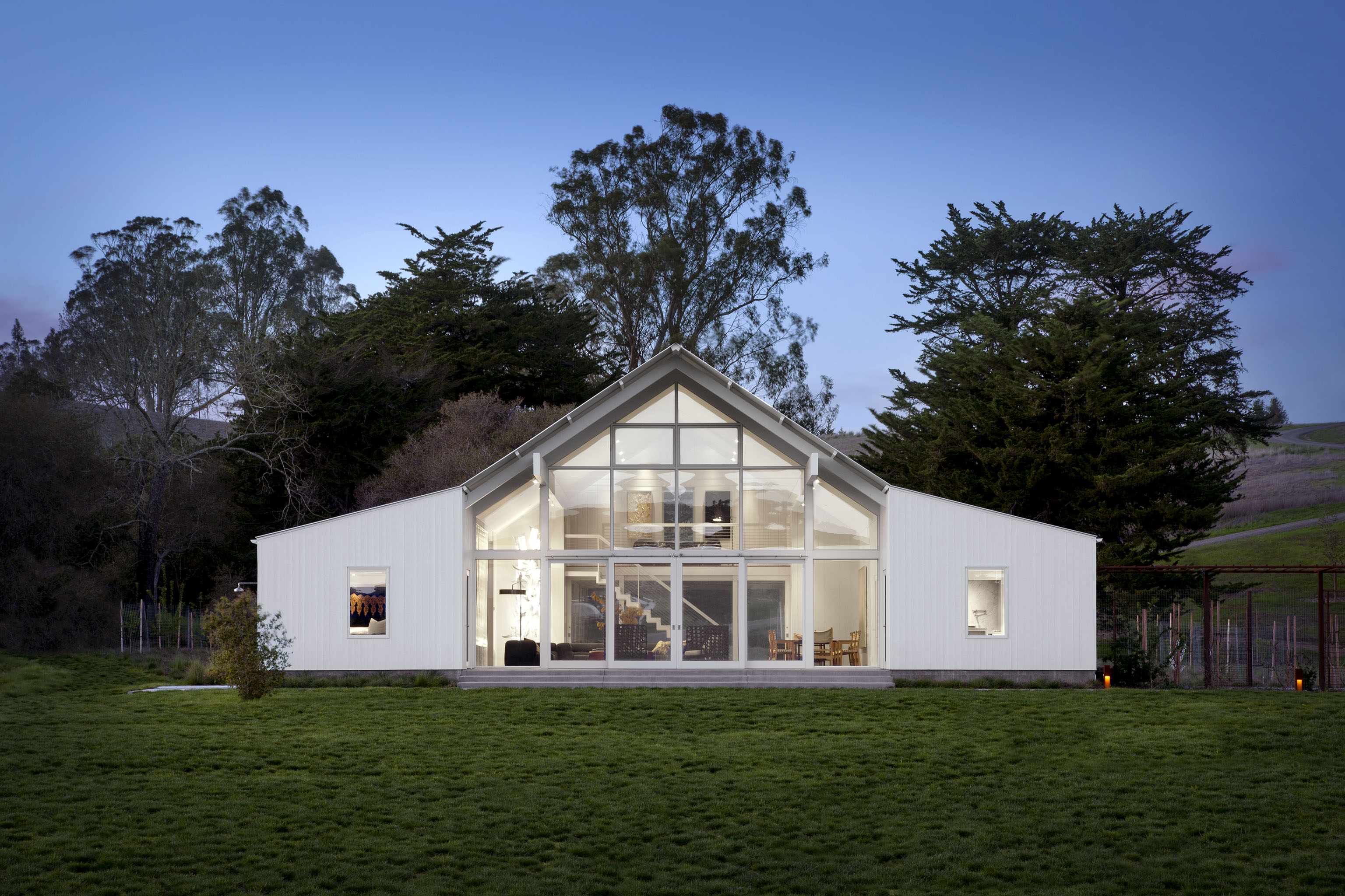 Contemporary Hupomone Ranch Design Project By Turnbull, Griffin, Haesloop Architects