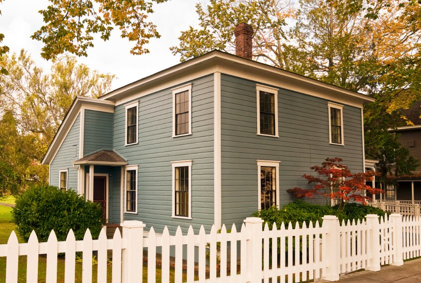 26 White Picket Fence Ideas And Designs Home Stratosphere