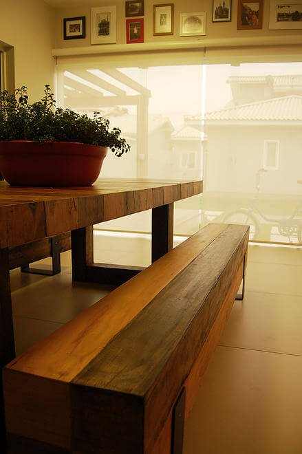 Close look reveals the discreet metal framing holding the fixed benches together.