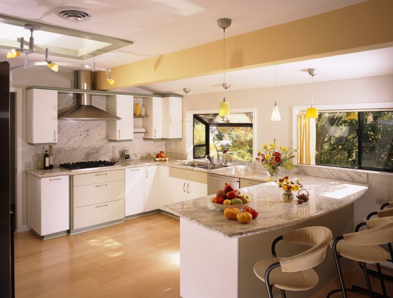 23 Gorgeous G Shaped Kitchen Designs Images Home Stratosphere