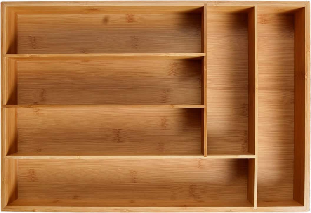 A sturdy wooden divider ensures that it'll last for many years to come.