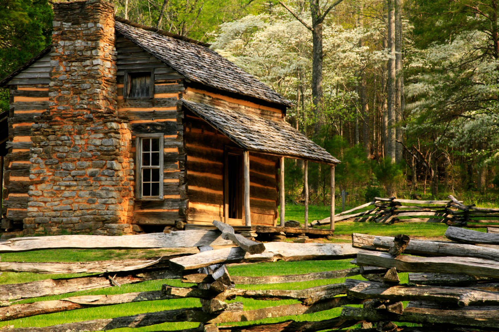 Split log must be treated regularly for insect infestation, and any new cracks in the log must be sealed to prevent rot. This cabin used the flat, split side of logs to create its exterior.