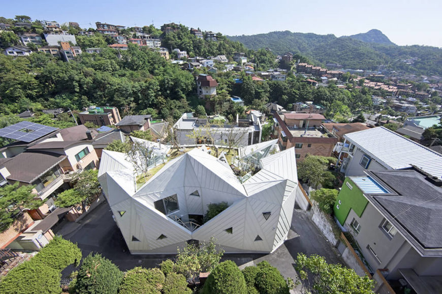 Ultra-modern home with a living roof in Seoul.