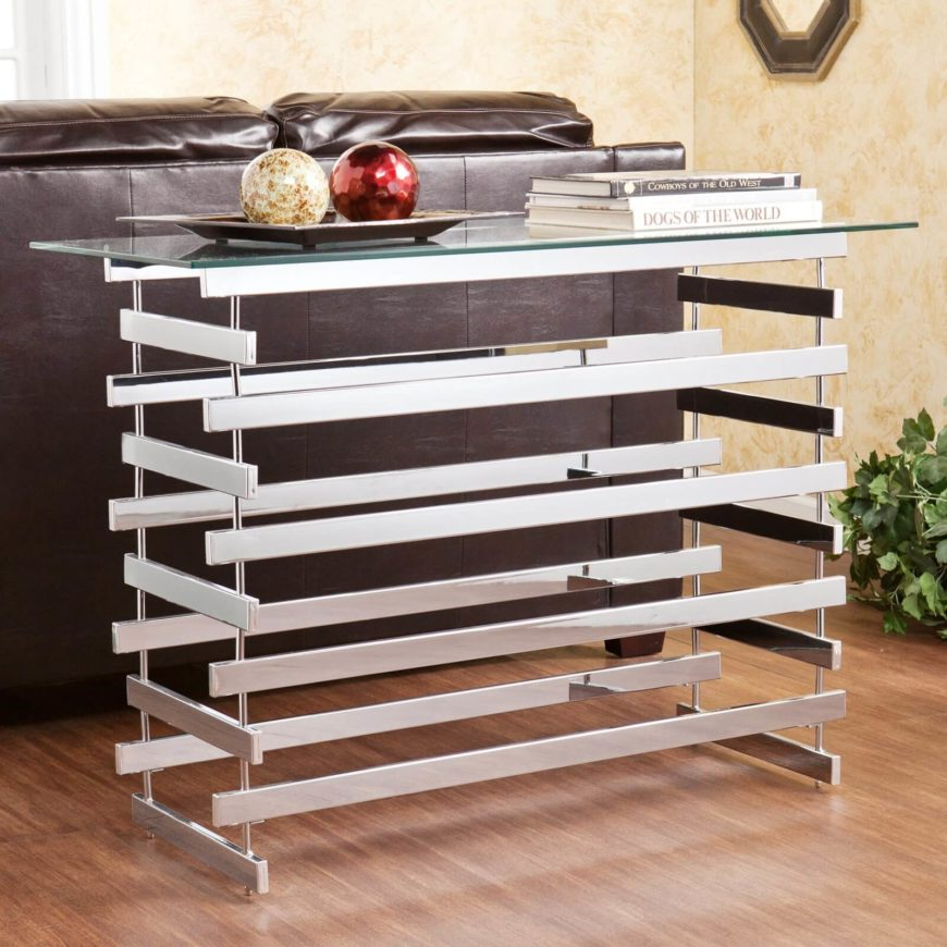 The criss-crossing metal bars, combined with the glass top, creates a spectacular modern effect that you'll love, regardless of the room the table ends up in