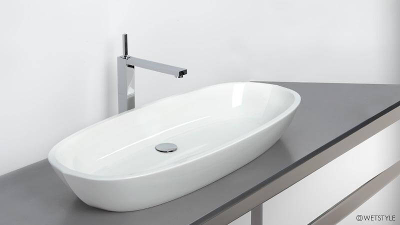 The fluid curves and pointed ends of the VBE 836 remain the same as the VBE 821, along with the depth of the sink and the width, while the length is significantly larger, which is appropriate for bathrooms with a large vanity. The sink is show below in the True High Gloss™ finish.