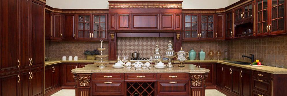 Rich wood kitchen cabinets