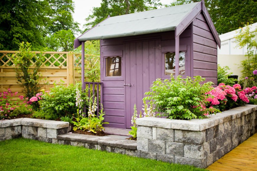Fun colors and tasteful stonework transform what would otherwise be a plain structure into something spectacular.