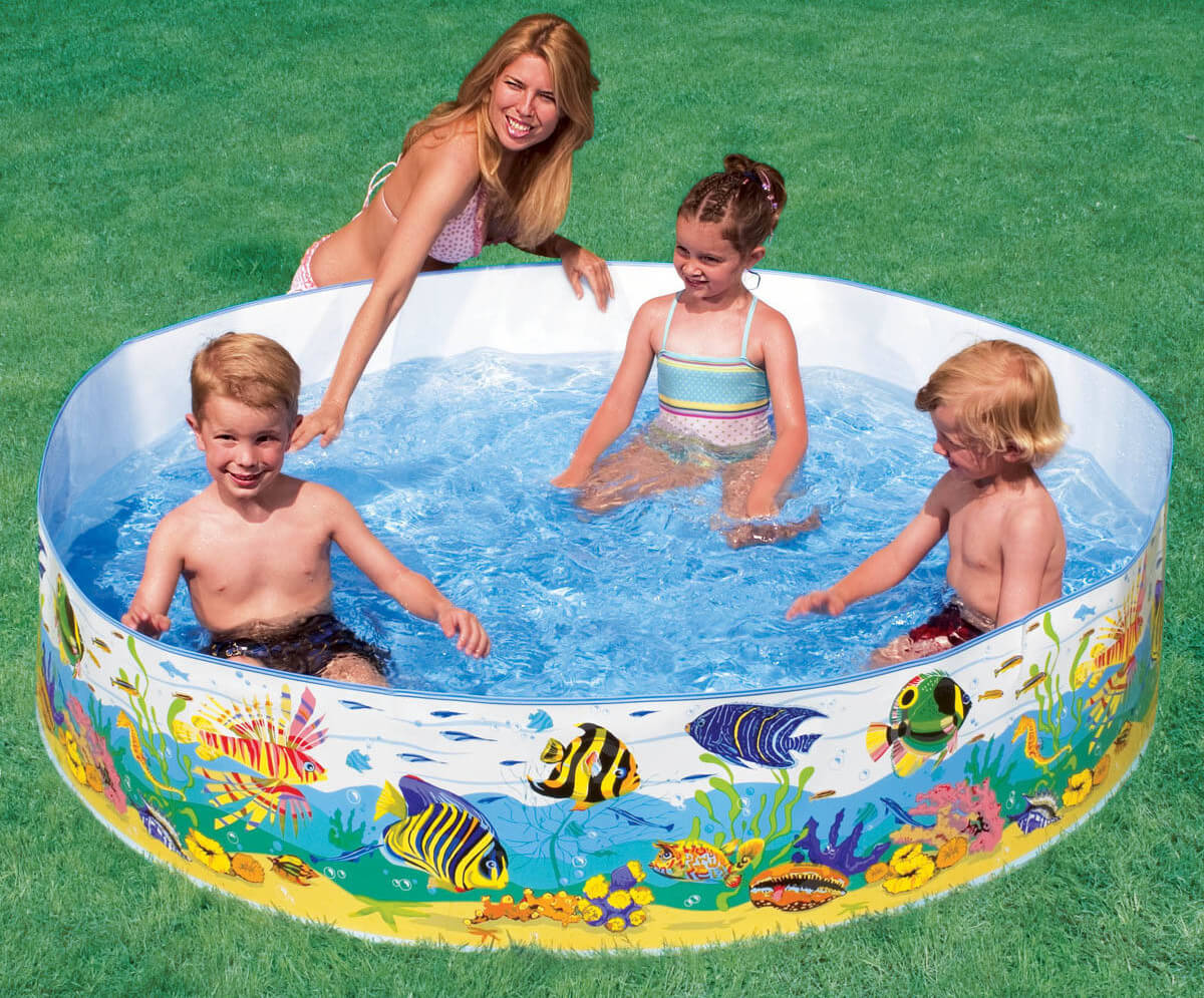 this is a colorful snapset pool. It has soft sides and can hold a great deal of water. This is a great pool to bridge the gap from the smaller inflatable pools to the larger standard pools.