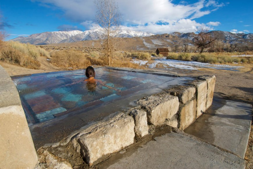 This hot tub has a natural and rugged appeal to match the mountainous area. This is the perfect spot to warm up on a cool mountain evening.