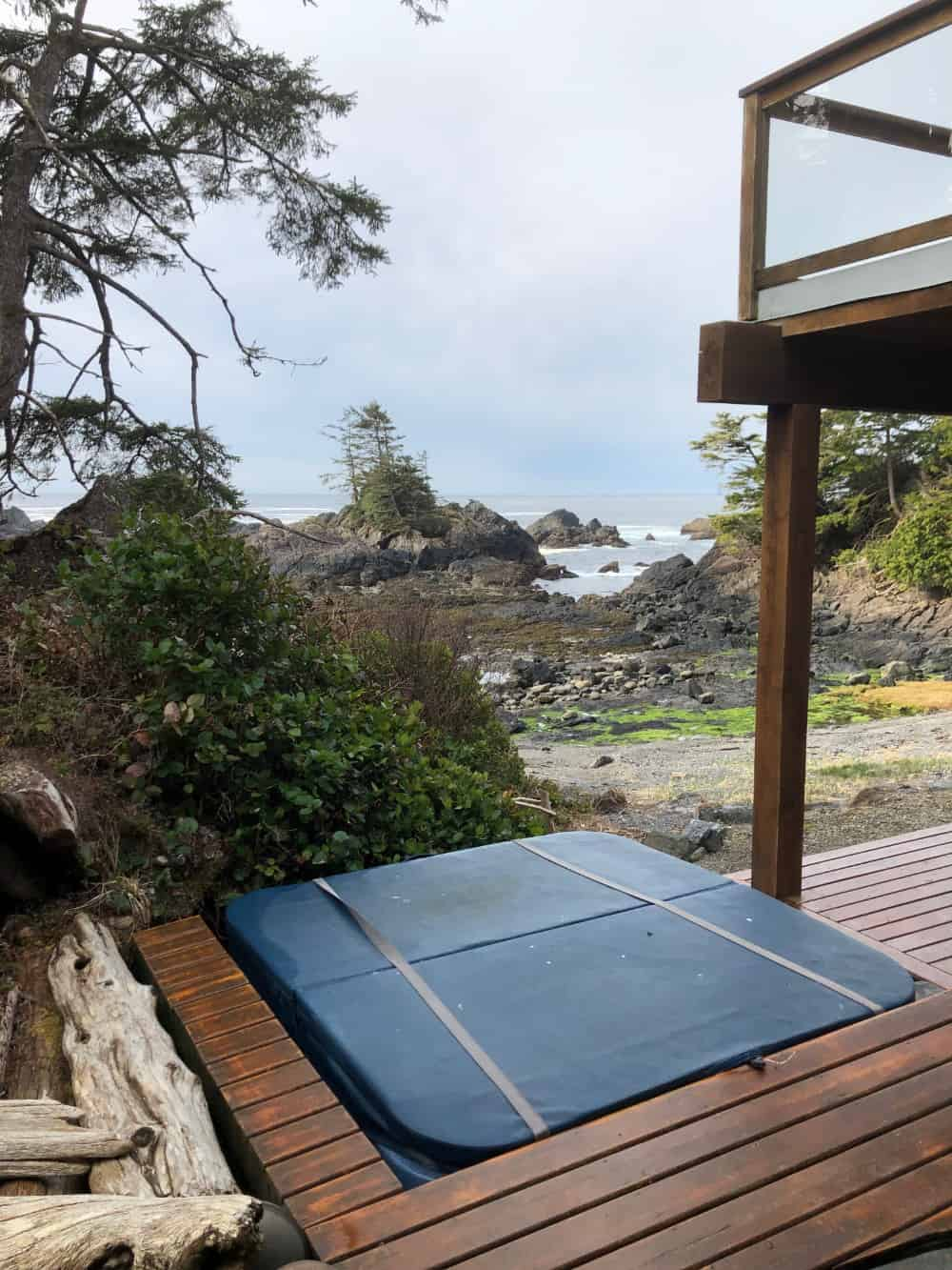 Hot tub on deck overlooking ocean in Ucluelet BC