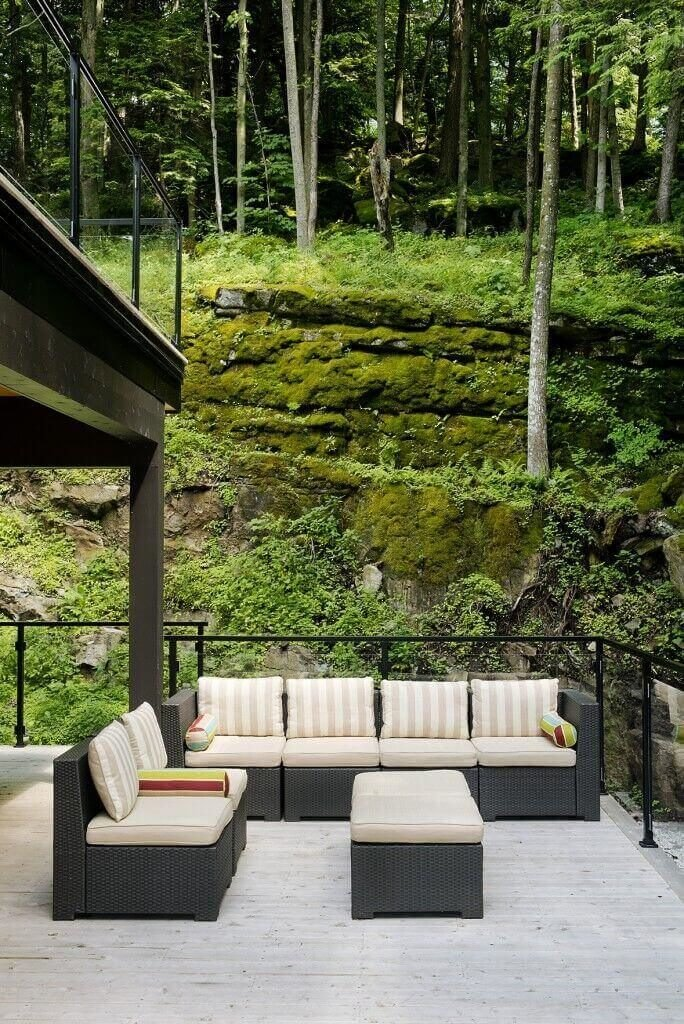 With enough trees you can create a forest effect. The forest effect is great if you want to feel like your home is out in the woods. If you are lucky enough, you can have a wilderness home with countless lovely trees to enjoy.