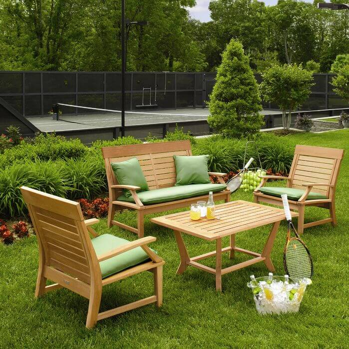 When you have a tennis court in your backyard you can go from a relaxing brunch to playing a quick game in no time. After a game you can sit in your comfortable yard furniture and enjoy a beverage with your friends.