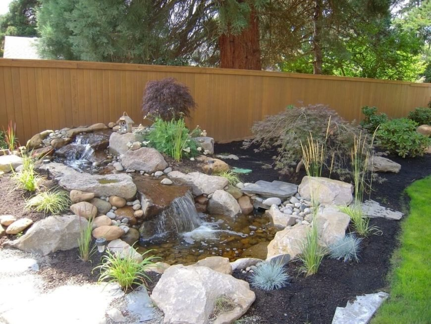 Here are some perennial bushes that are perfect for a Japanese style garden or minimalist space. They provide a base color without being overly flashy while lending a sense of balance to the space.