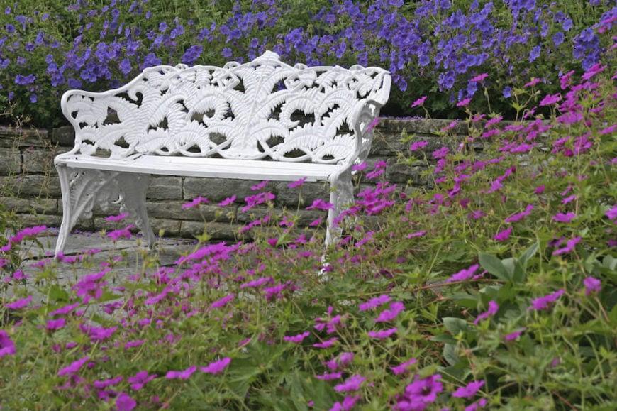 39 Stupendous Backyard Bench Ideas