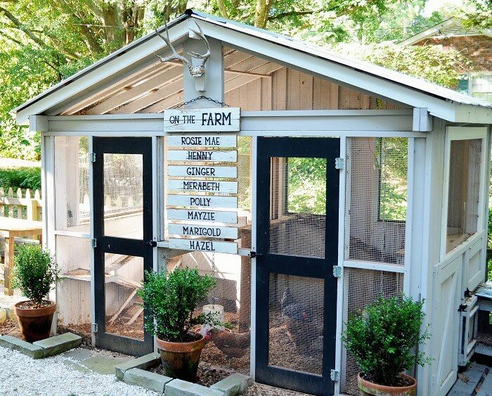 Here's a large, luxurious DIY chicken coop designed to house a lot of birds. The pair of full height doors offer easy access and the solid wood construction means it'll last for years.