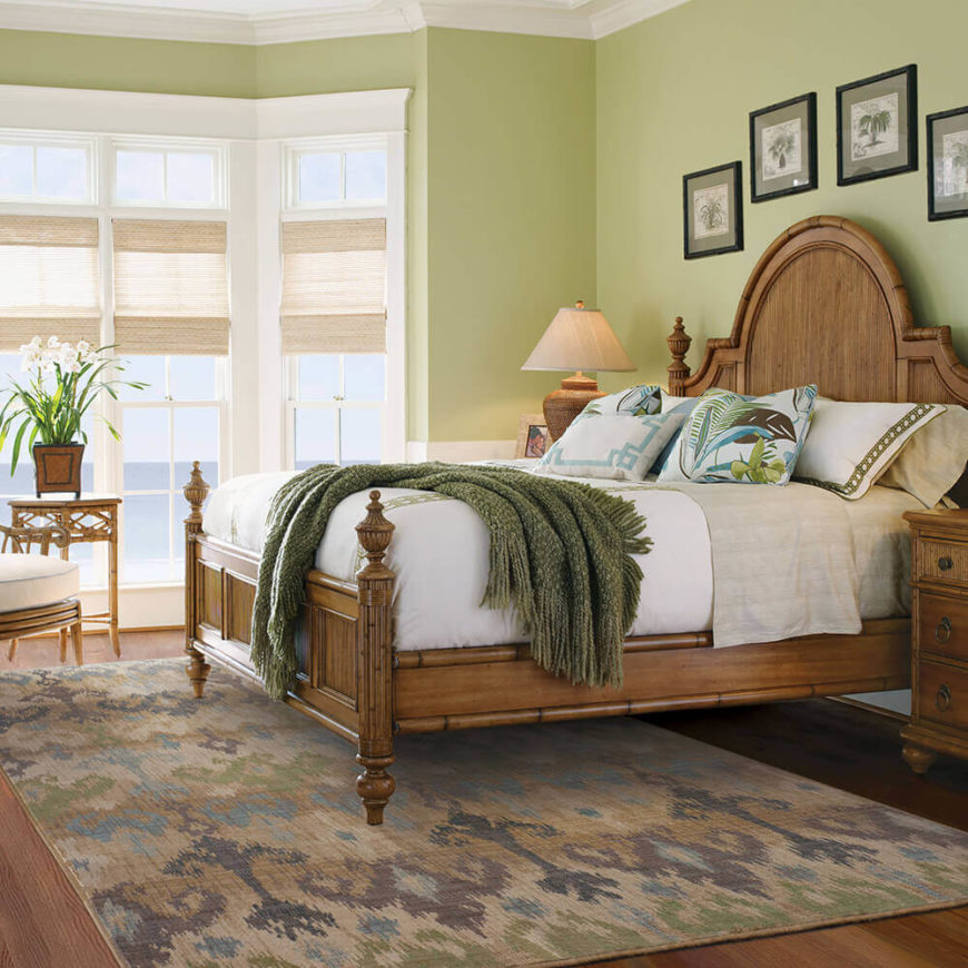 With a design of soft neutral colors, this area rug is perfect for a guest room or living space.