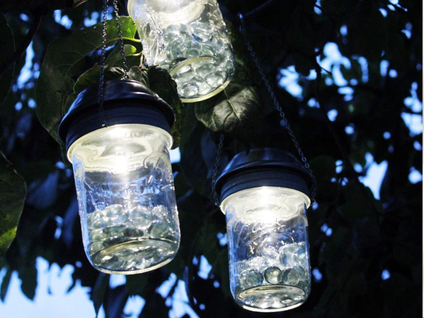 These jar lights give off a wonderfully bright light while retaining a fantastic aesthetic quality. They are rustic in a modern way, and are both stylish and fun.