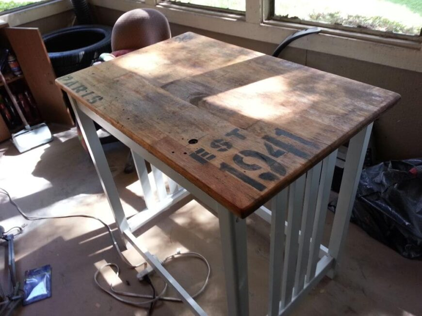 This is another great structure that can be built a little higher to form a high-top table for two, or shorter as an island. It utilizes antique reclaimed wood for a decidedly rustic aesthetic.
