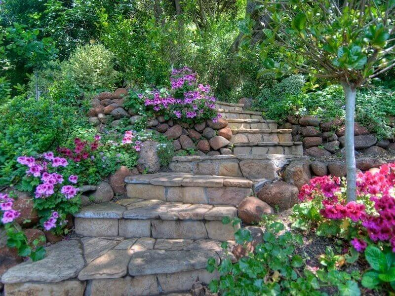 When you mix stones you can build an interesting and complex color profile in your stone steps. This is great for pairing with flower and rock gardens.