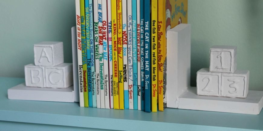 These adorable bookends are incredibly easy to make and so cute for a baby's room! This is a very easy DIY that basically anyone can do with just a few spare hours and some simple, inexpensive materials.