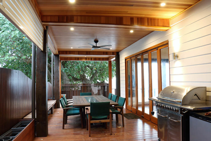 The exterior rooms were designed to be as comfortable as possible, with recessed lighting, built-in fans, and a broad overhang for protection from the elements.