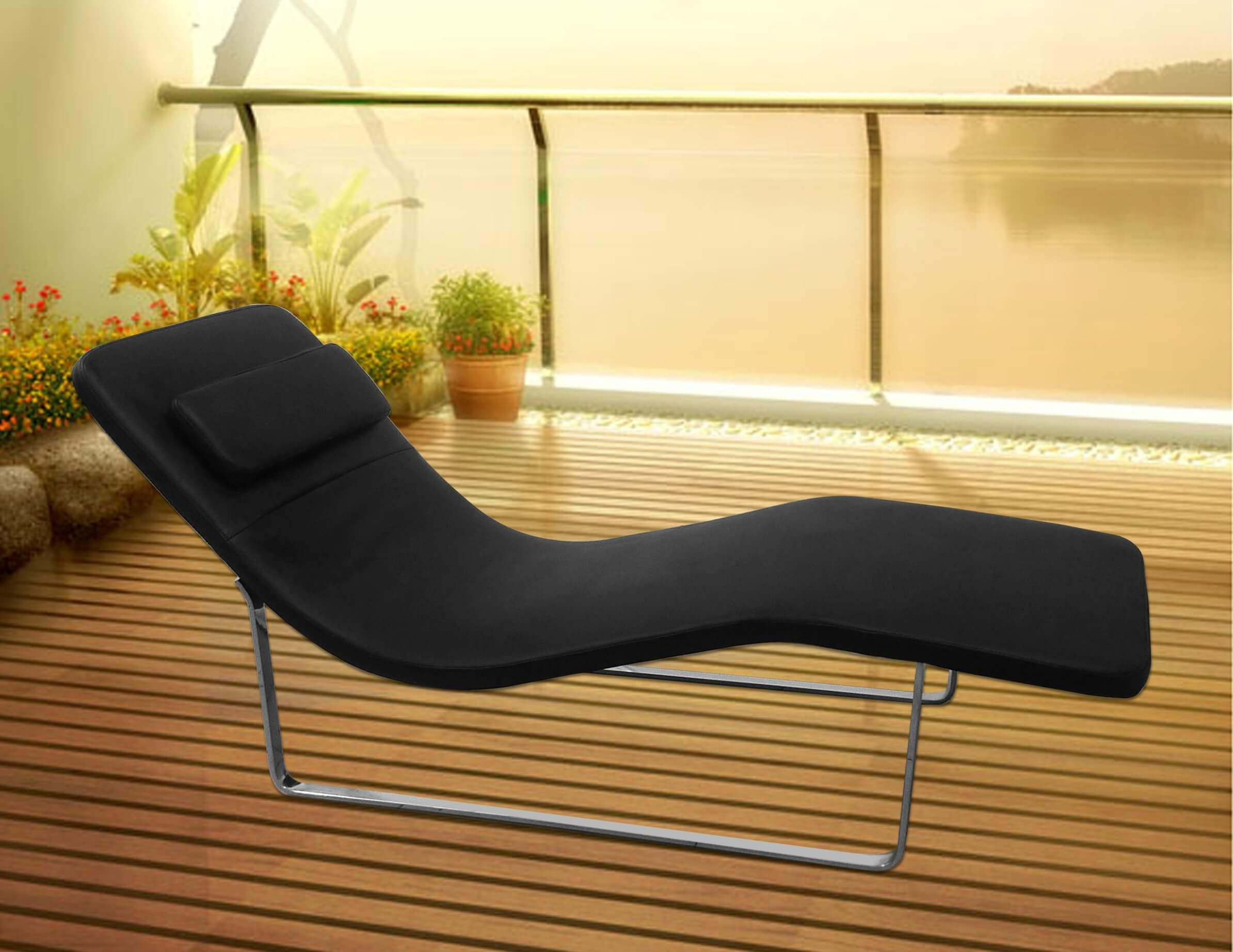 Longa Chaise Lounge