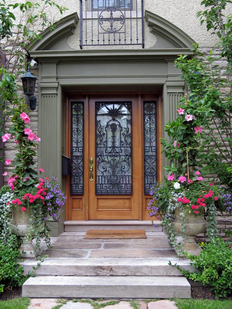 GREATER WOOD RUSH - LE JONC DU BOIS - Quelles sont les meilleures plantes pour décorer la porte d'entrée