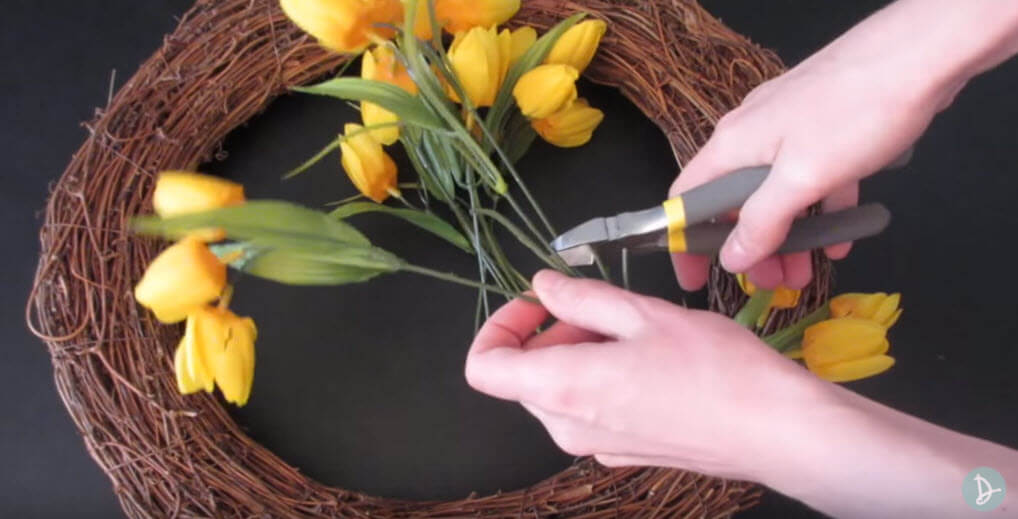 Cut Flowers for Spring Wreath