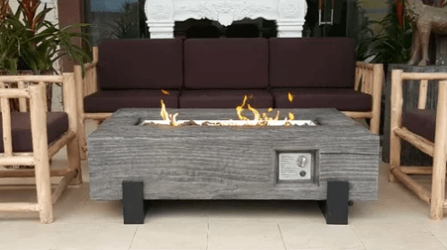 Propane fuelled fire pit for the patio