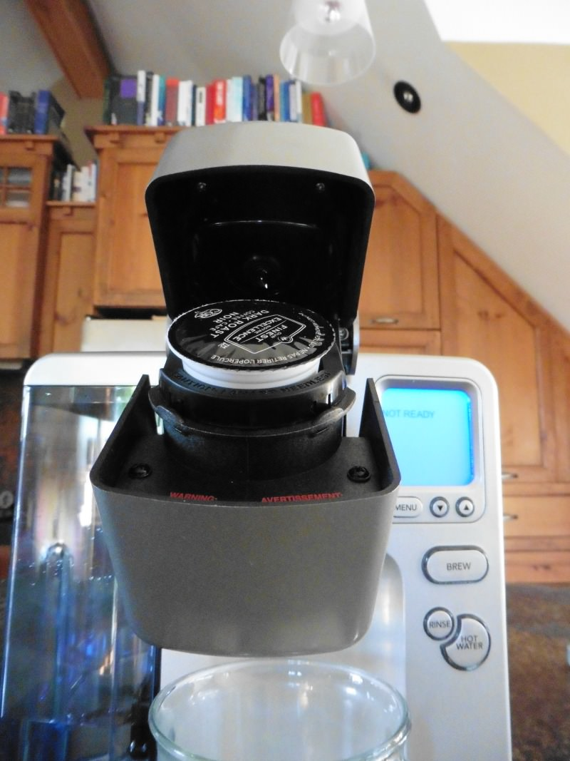 Cuisinart SS-700 K-Cup Insertion