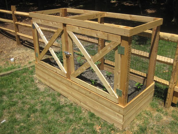 As much as we love wildlife, we don't want the animals to reap the rewards from our hard work. This raised bed uses fencing and doors to help keep animals from munching on your goodies.