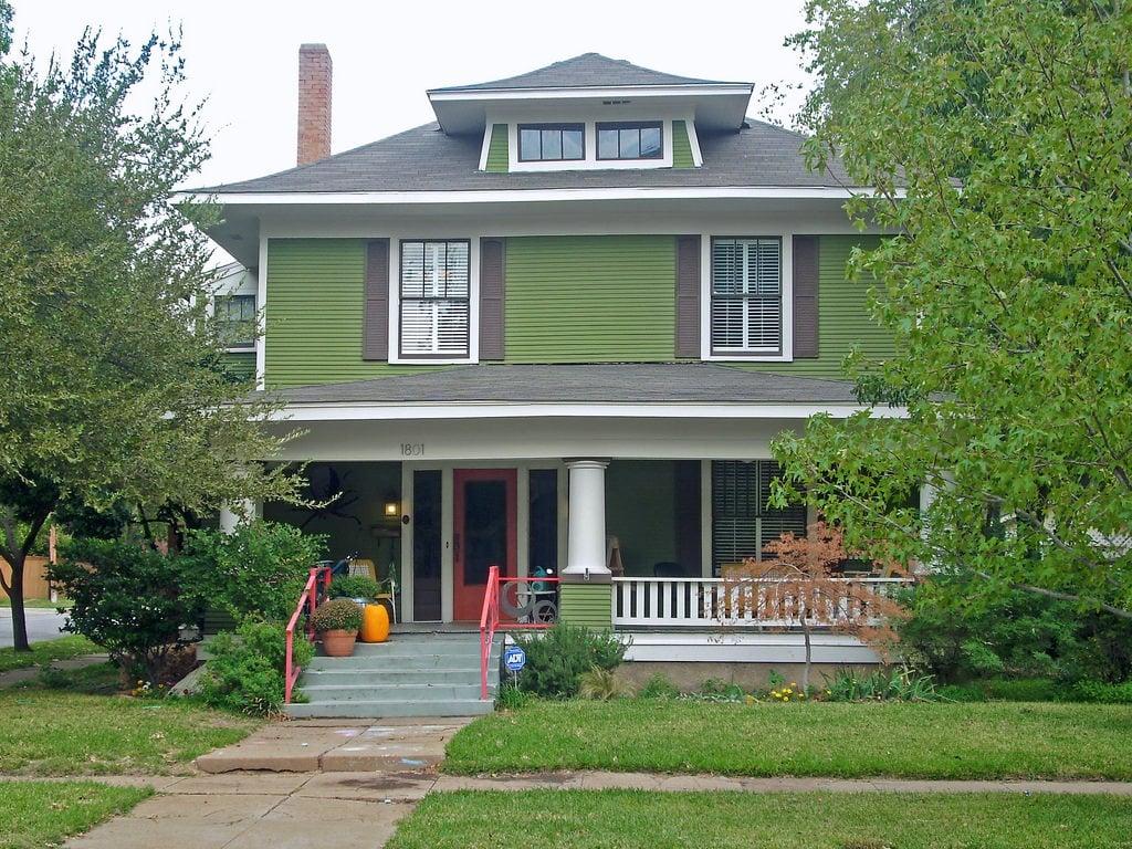 Plain green foursquare home.