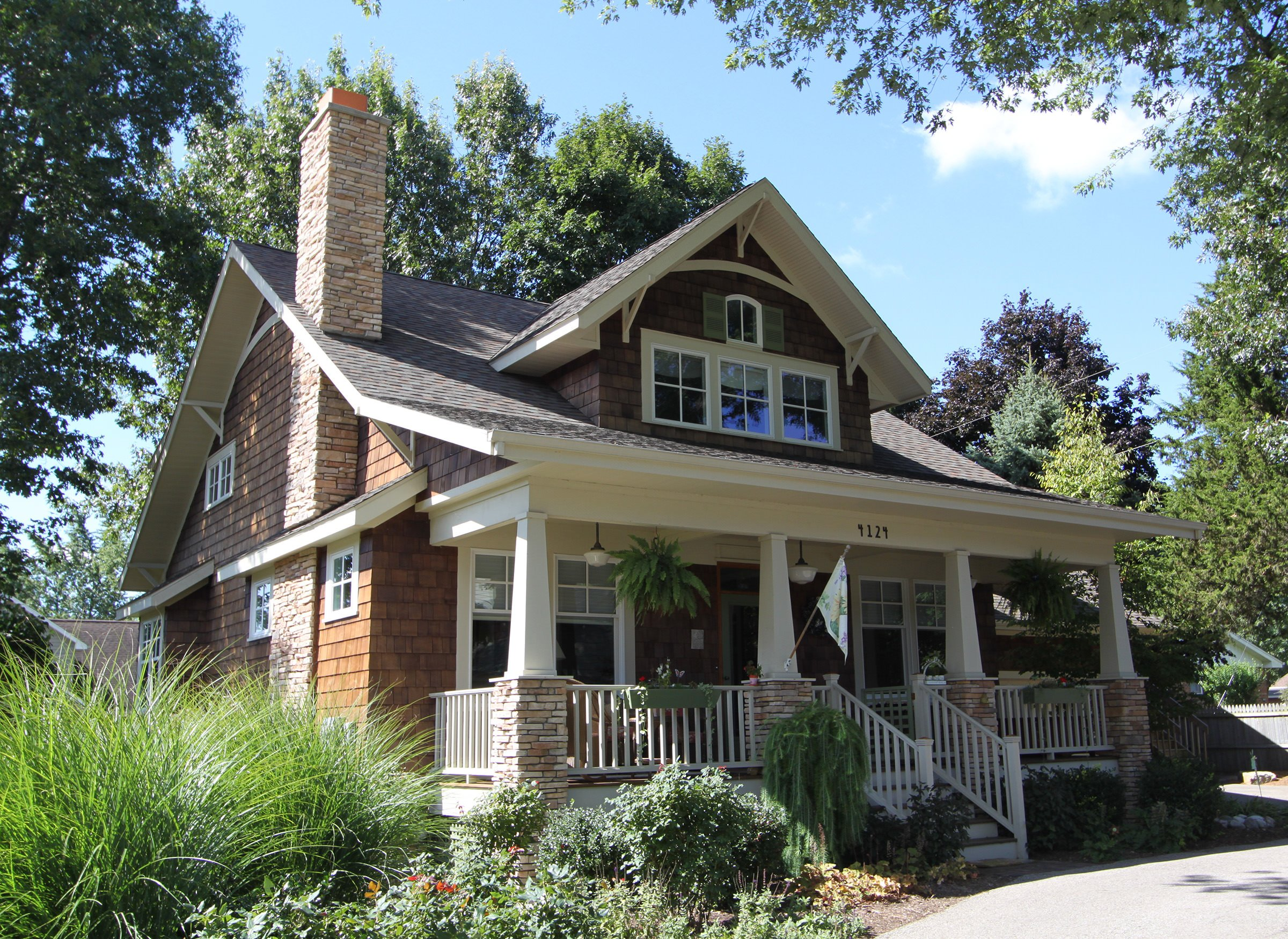 Bungalow Home Architecture