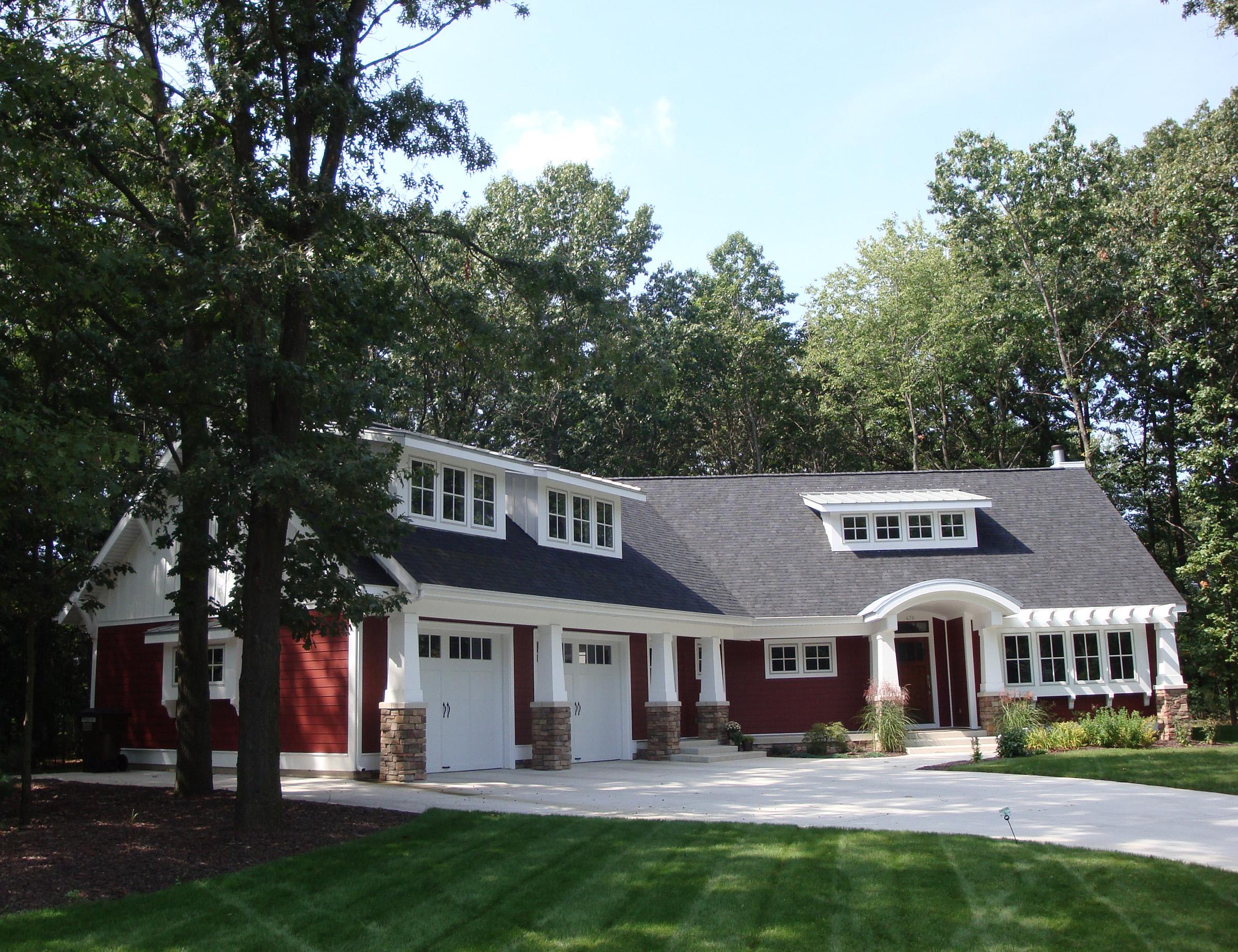 Contemporary Craftsman Home Architecture