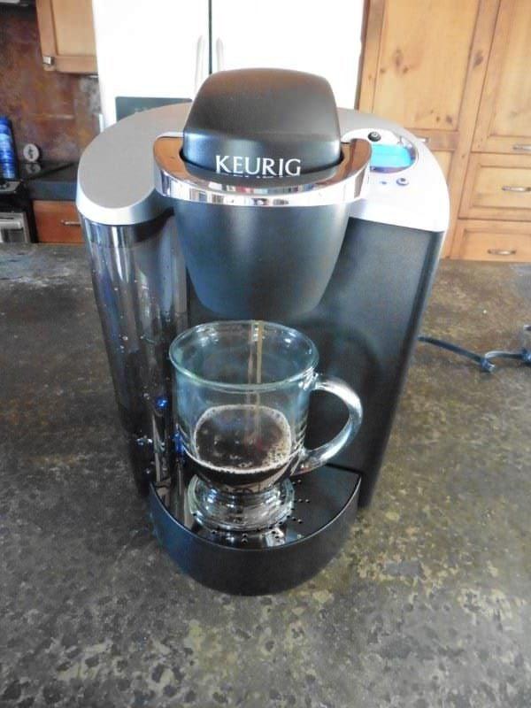 Keurig K60 Elite Brewing Cup of Coffee